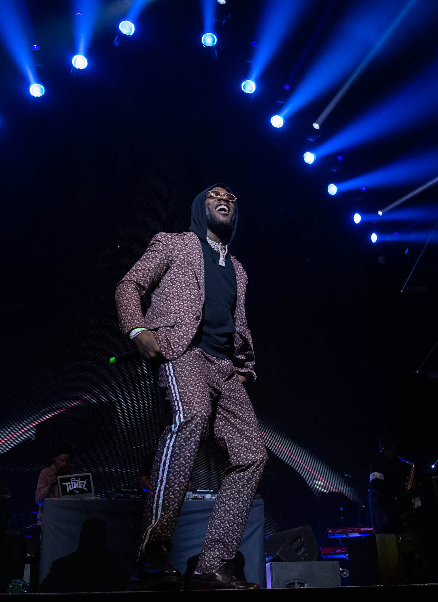 London, United Kingdom. 19th October 2019.  Burnaboy performing live at starboy fest at The 02 Arena. Photographed by Michael Tubes