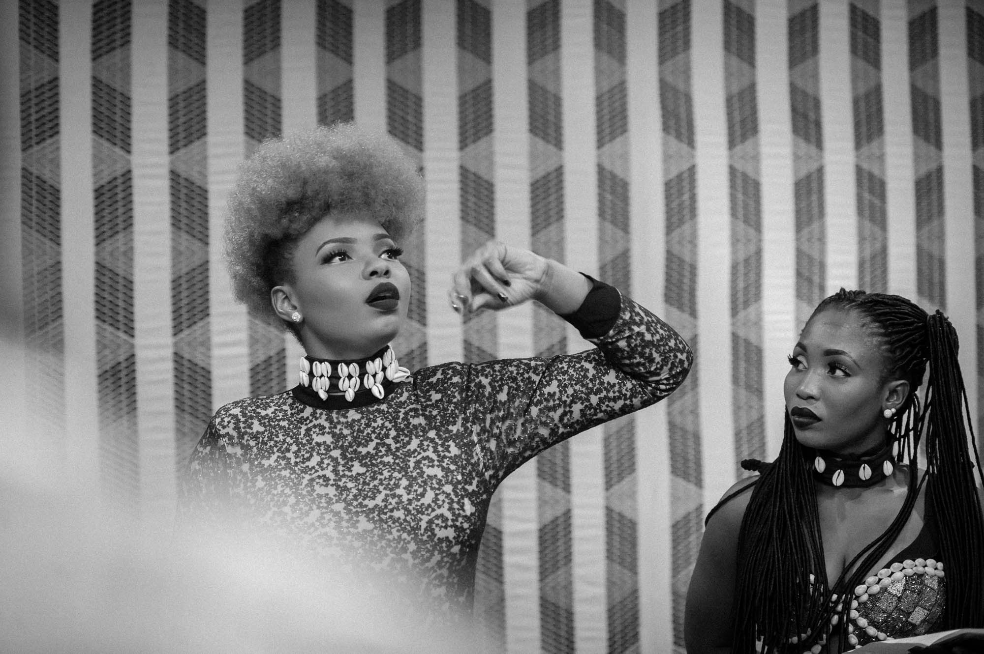 Paris, France. 7th April 2017. Yemi Alade having last minue meeting with her OversabiBand before her performance at Le Trianon, Paris. Photographed by Michael Tubes
